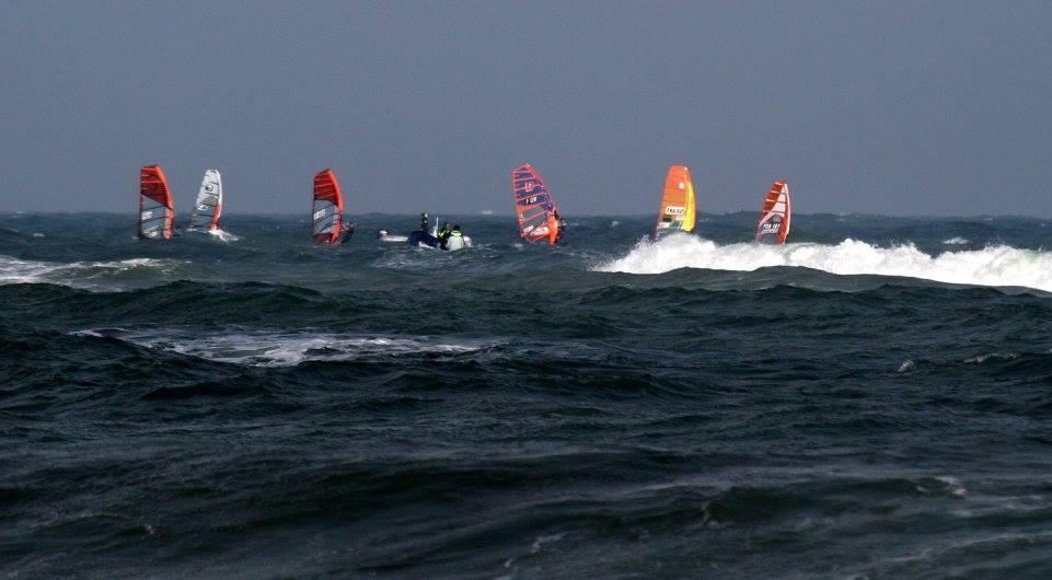 Les dernières manches avec mon teamate Fred Dias et les djeuns dans une mer forte restent un sacré souvenir!!!