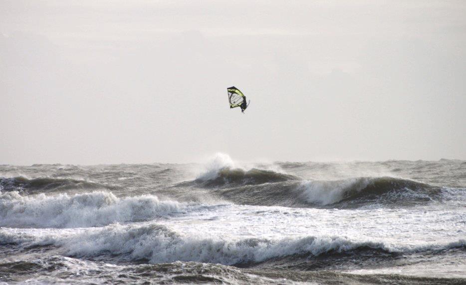 max lesauvage windsurf